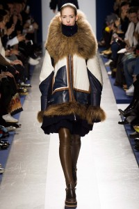 sacai show fashion week paris fall winter 2015