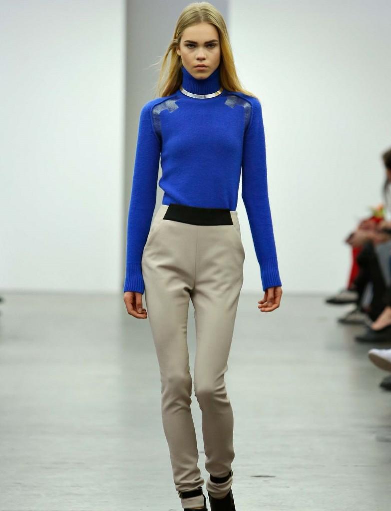 trop maigre mannequin défilé fashion week